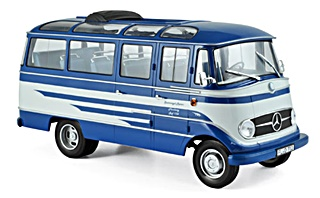 - BUS MERCEDES BENZ O319 1957 1/18